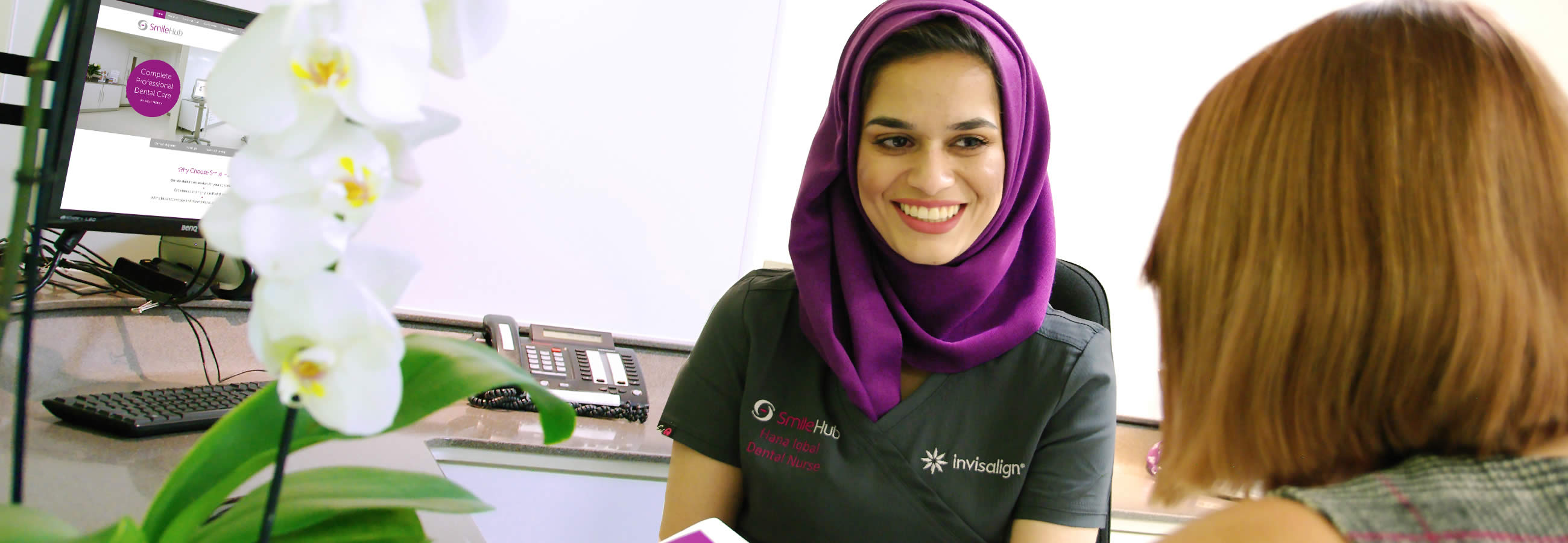 Contact our dental clinics in City of London